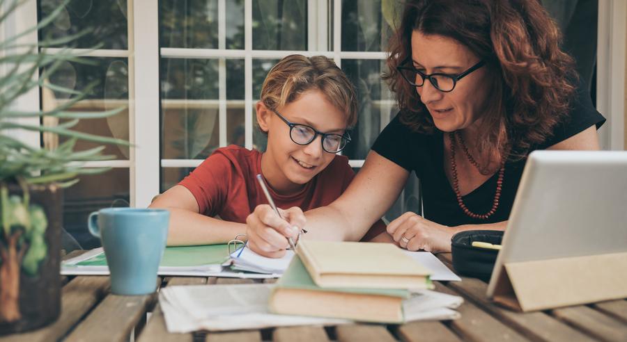 Corona und Gleichstellung: Neue Studie beleuchtet Wirkung auf Gender Pay Gap, Arbeitszeiten und Aufteilung von Sorgearbeit