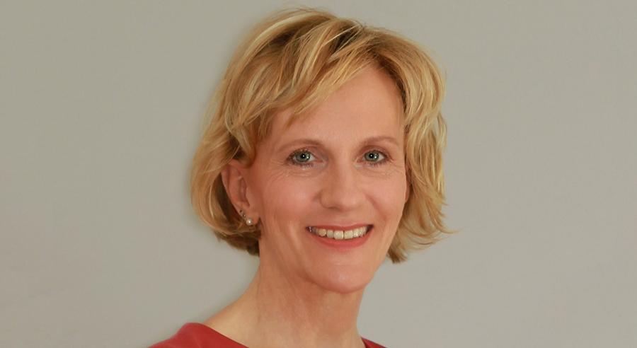 """""""Eine gerechte Rollenverteilung stärkt die Erwerbs- und Finanzbiografien von Frauen"""""""