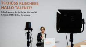 Grußwort Elke Büdenbender, Schirmherrin der Initiative Klischeefrei