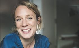 Portrait Julia Latscha, Vorständin Stiftung Bildung