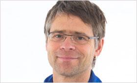 Porträt von Jens Krabel | Fachreferent der Koordinierungsstelle Chance Quereinstieg/Männer in Kitas