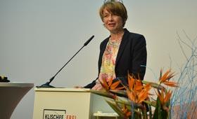 Gemeinsam für eine vorurteilsfreie Berufswahl | Elke Büdenbender eröffnet 1. Fachtagung der Initiative Klischeefrei