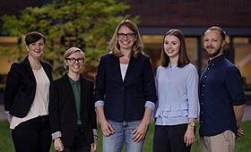 """Gruppenfoto des Teams des Projekt """"Frauen gestalten die Informationsgesellschaft"""""""