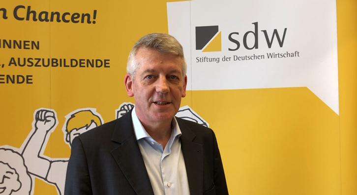 """Stiftung der Deutschen Wirtschaft: """"Für uns bedeutet Klischeefrei, dass …"""""""